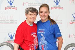 Jessica Lewgood et sa mère ont pris l'initiative d'organiser la Grande randonnée Parkinson locale en 2013, alors que les organisateurs précédents n'étaient pas disponibles.